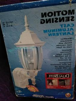 Motion Activated Six-Sided Diecast Aluminum Lantern in White